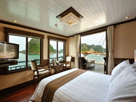 Jasmine Cruise-Suite Cabin