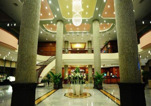 Lobby-HaLong Plaza Hotel