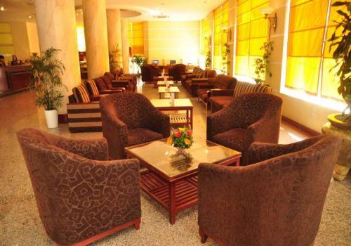 Lobby-Hotel-Starcity Suoi Mo Hotel